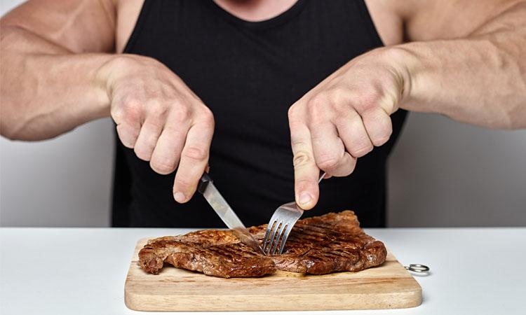 consumo de proteína para músculos