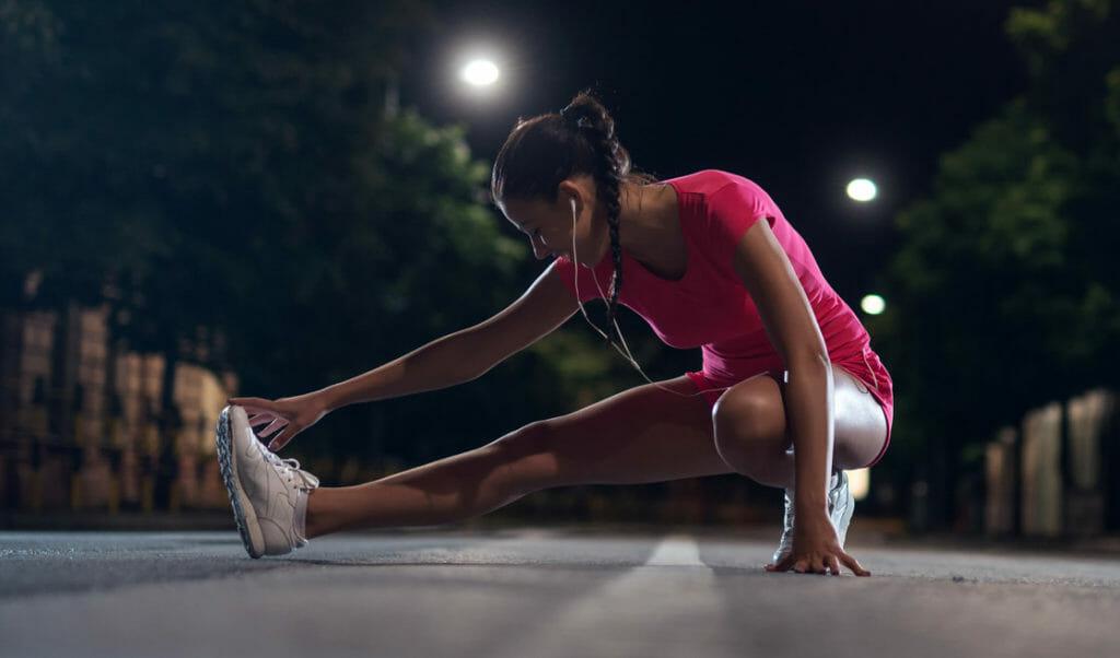 es mejor entrenar por la tarde y noche